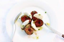 салата моцарела смокини